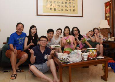 Oběd s host rodinami na den matek
