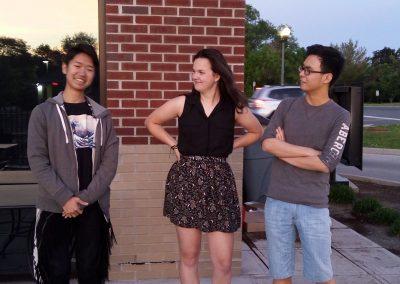 S mezinárodními studenty ze školy, Kura z Japonska a Yushi z Číny