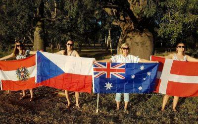 Návštěva, farma a Australian Open