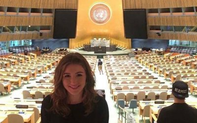 Moje host maminka? Hlava OSN!