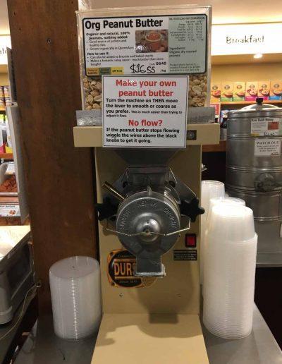 Spravte si svoje vlastné arašidové maslo prístroj v zdravom obchode