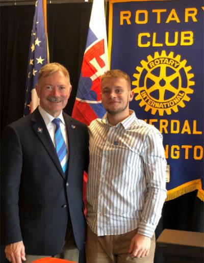 Dištriktný guvernér Craig Gillis, ktorý bol chair výmennych programov počas môjho výmenneho roku