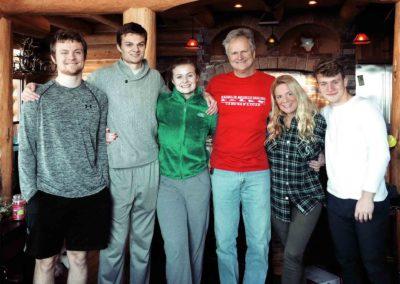Moji prví host rodičia a 3 súrodenci - Connor,Cole a Elise