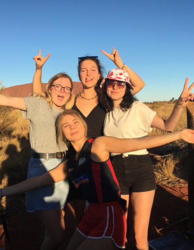 Holky a Uluru