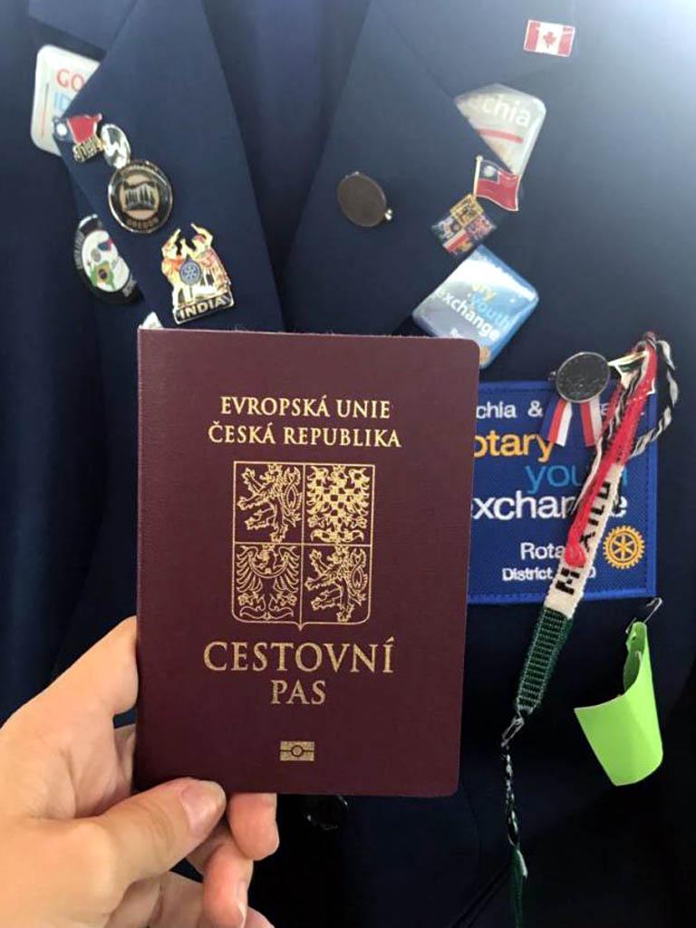 Na cestu jsem připravena - Rotary sako a pas