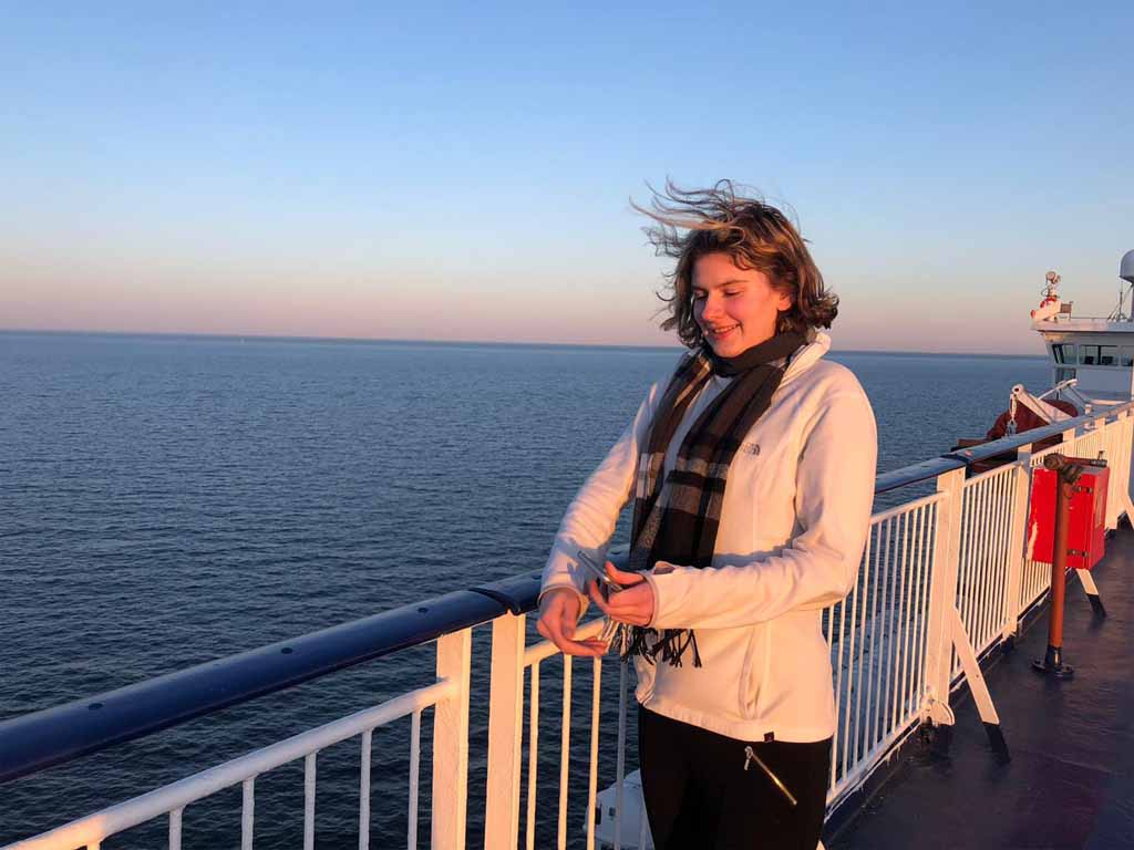 Pri západe slnka na mori