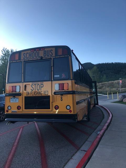 Žltý autobus