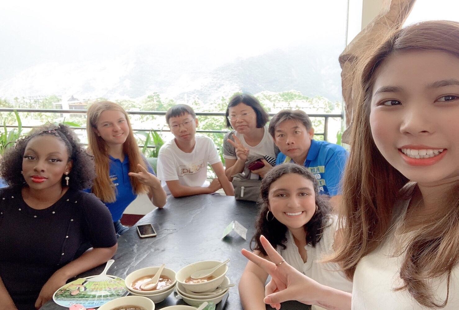 Výměnní studenti