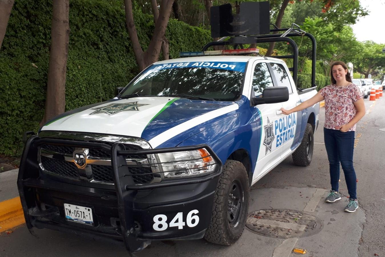 Fotka s policejním autem