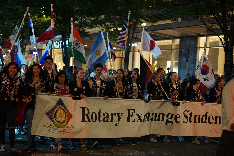 Starlight parade exchange students