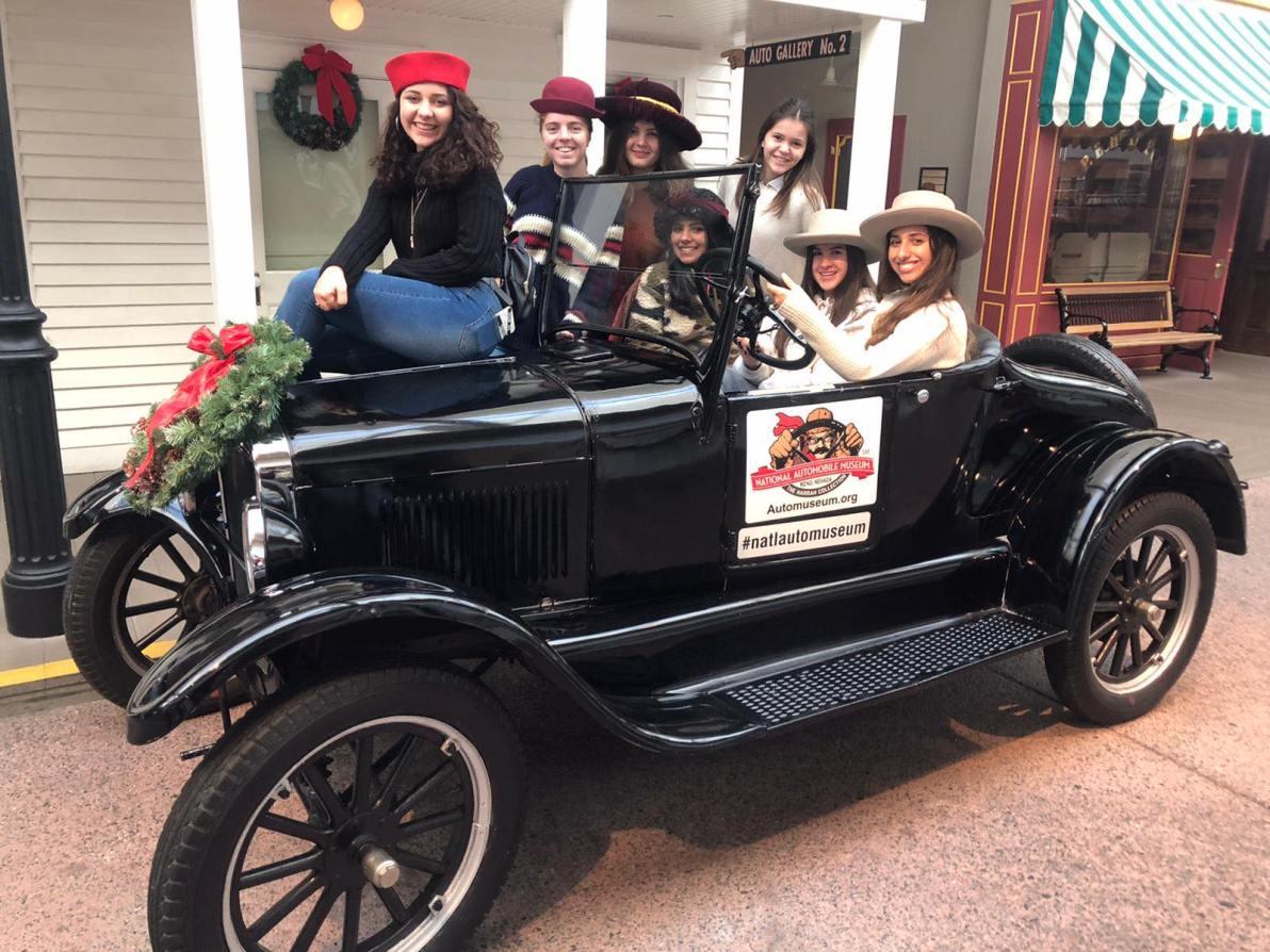 Automobilové muzeum